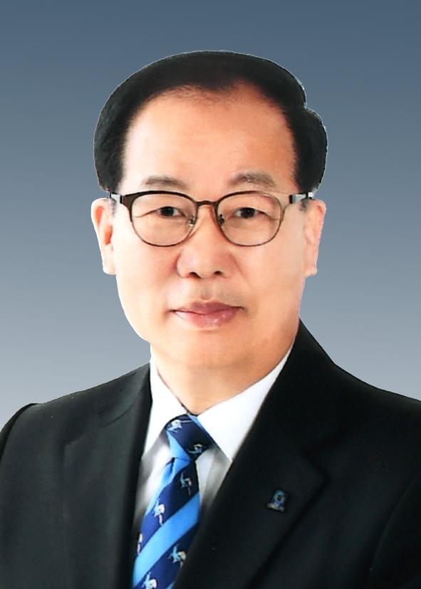 Yoo Kuen Sik
